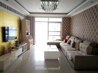 (东城区)御景苑北区3室2厅2卫136m²中档装修