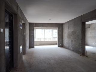 3室2厅2卫毛坯房