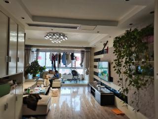 郓城帝景湾3室2厅2卫65万123m²精装修有证满二可分期出售