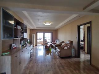 郓城(东城区)帝景湾4室2厅2卫85万149m²精装修有证满二可分期出售